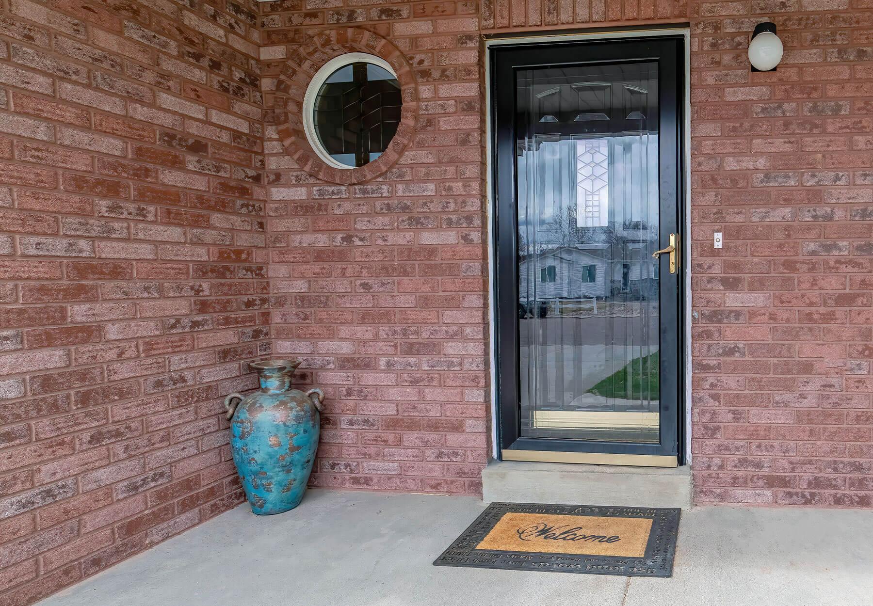 porch-enclosures-storm-doors-01